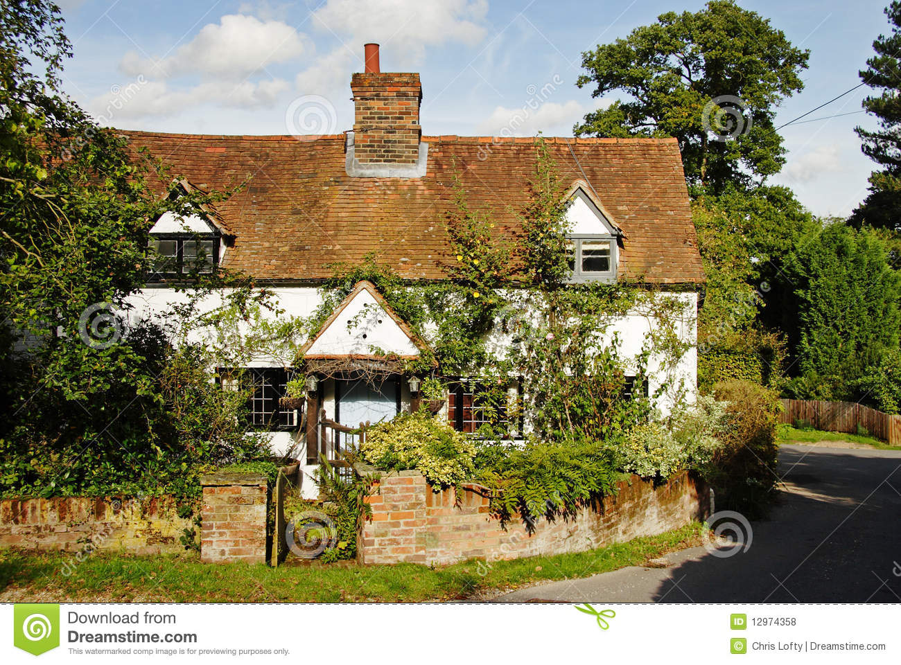 English Village Cottage And Garden Stock Photo - Image of flowers ...