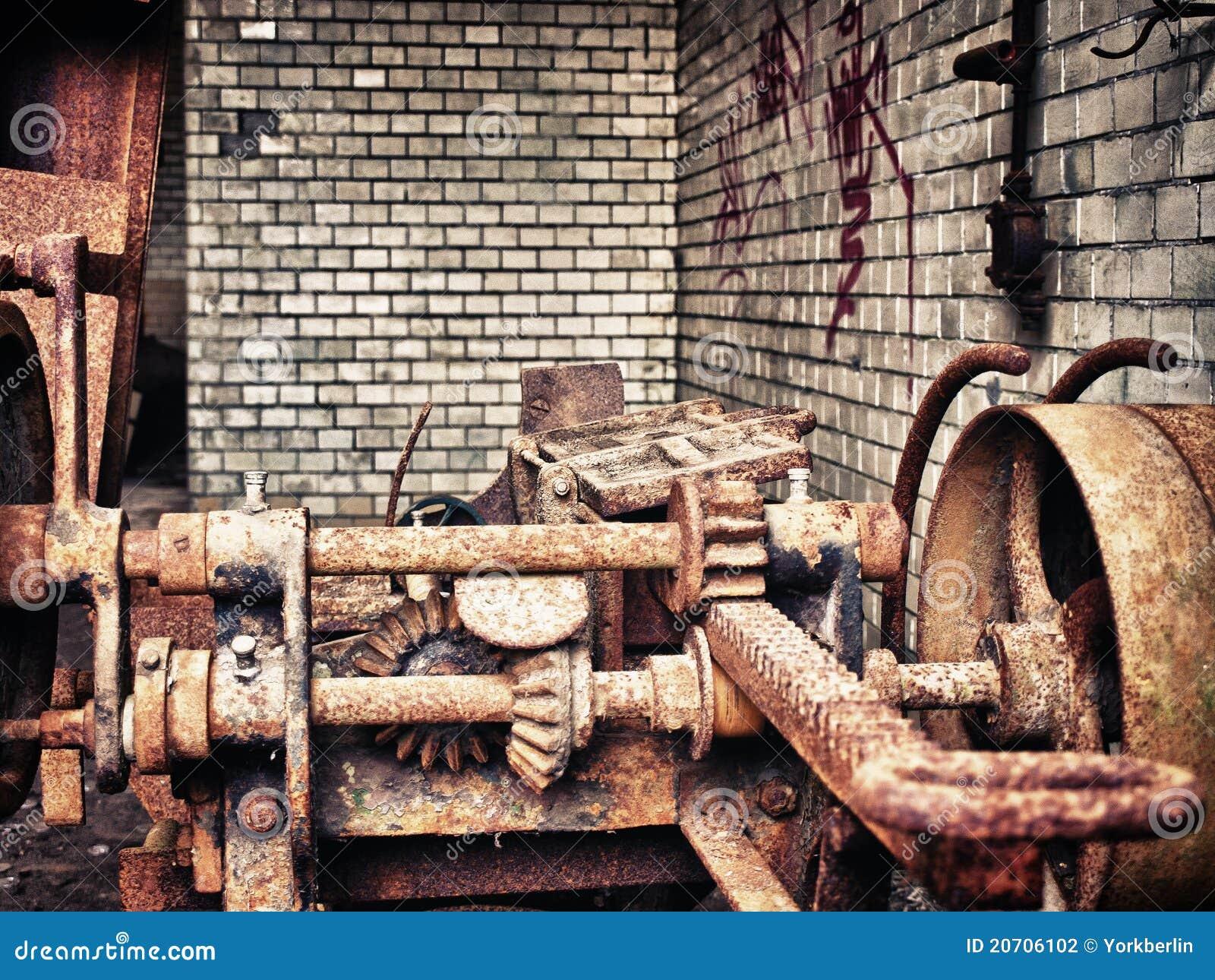 Engranajes oxidados viejos