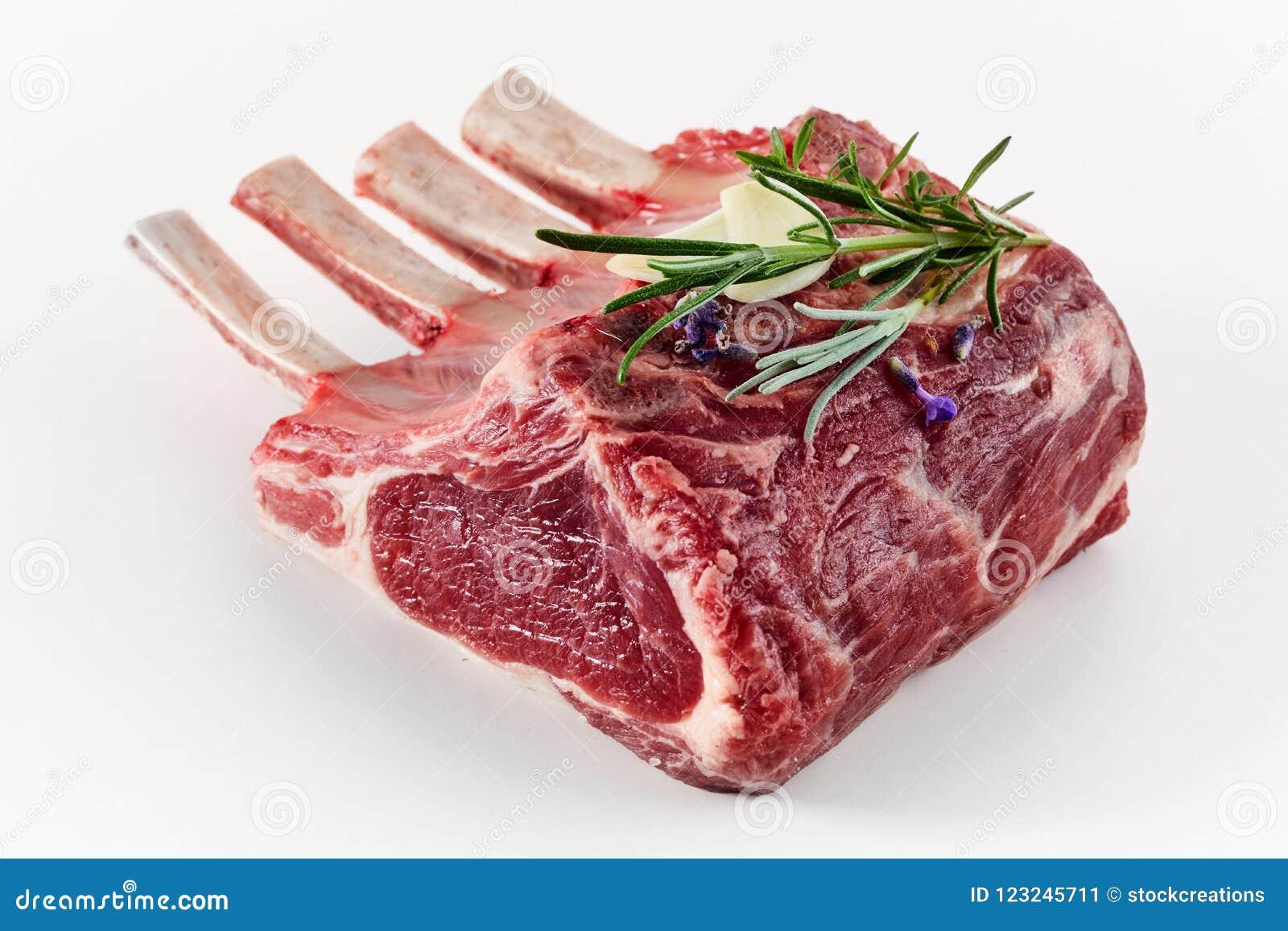 Enig gedeelterek van lam met bone-in karbonades