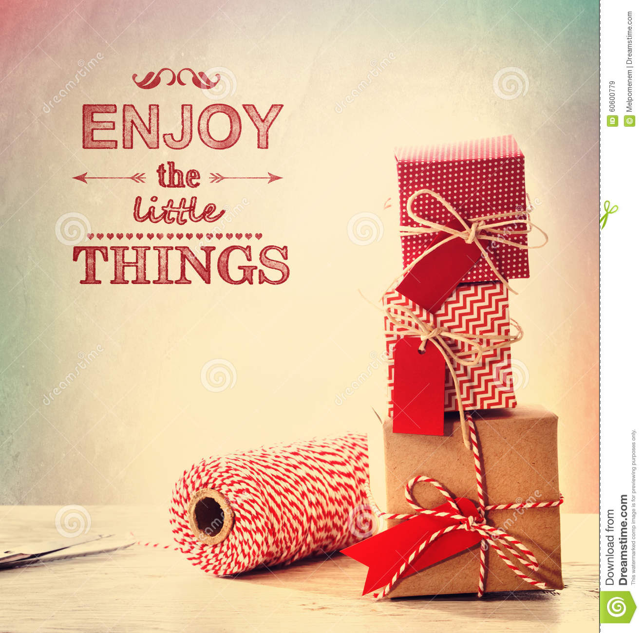 Enjoy the little things with small gift boxes