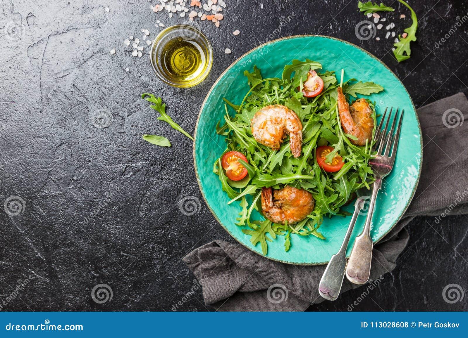 Ensalada fresca con arugula
