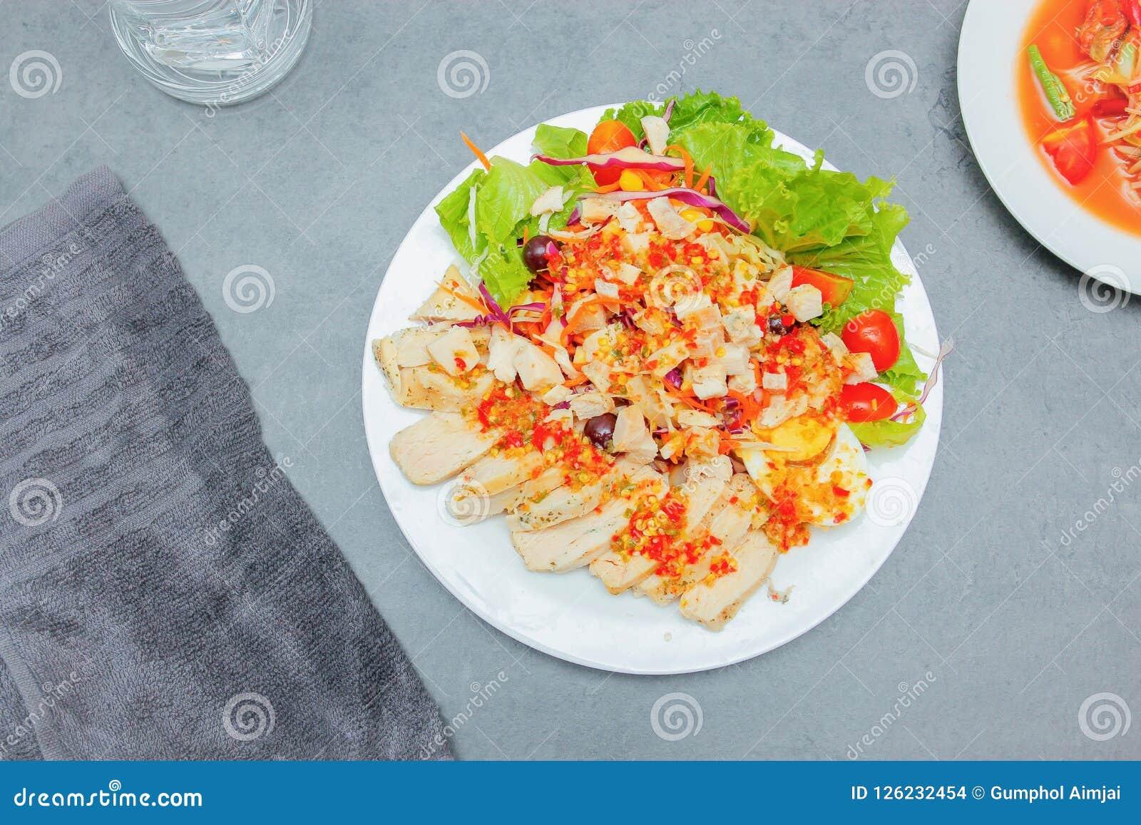 Ensalada tailandesa con el aliño de ensaladas picante