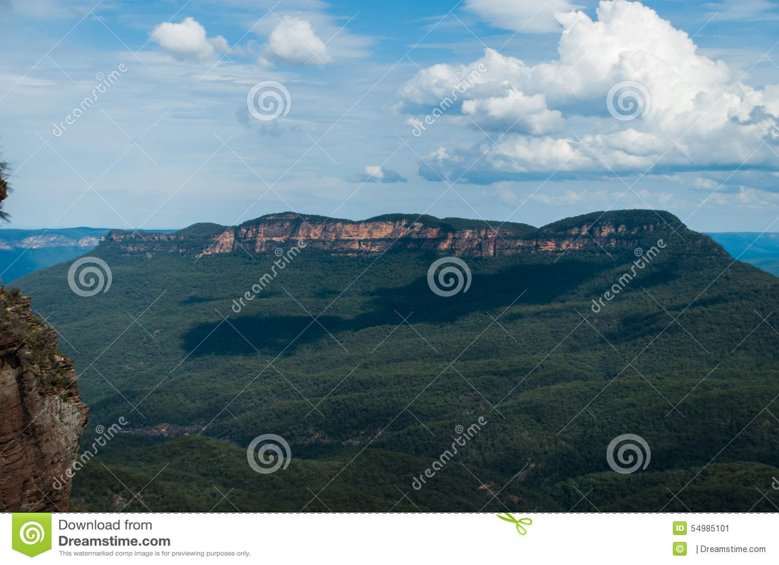 Ensamt berg