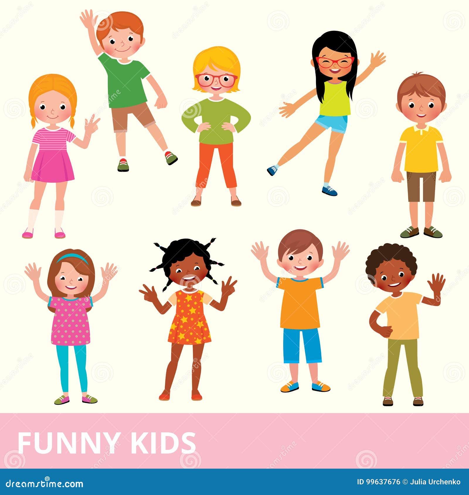 Ensemble d enfants de différentes nationalités dans le divers laug de poses
