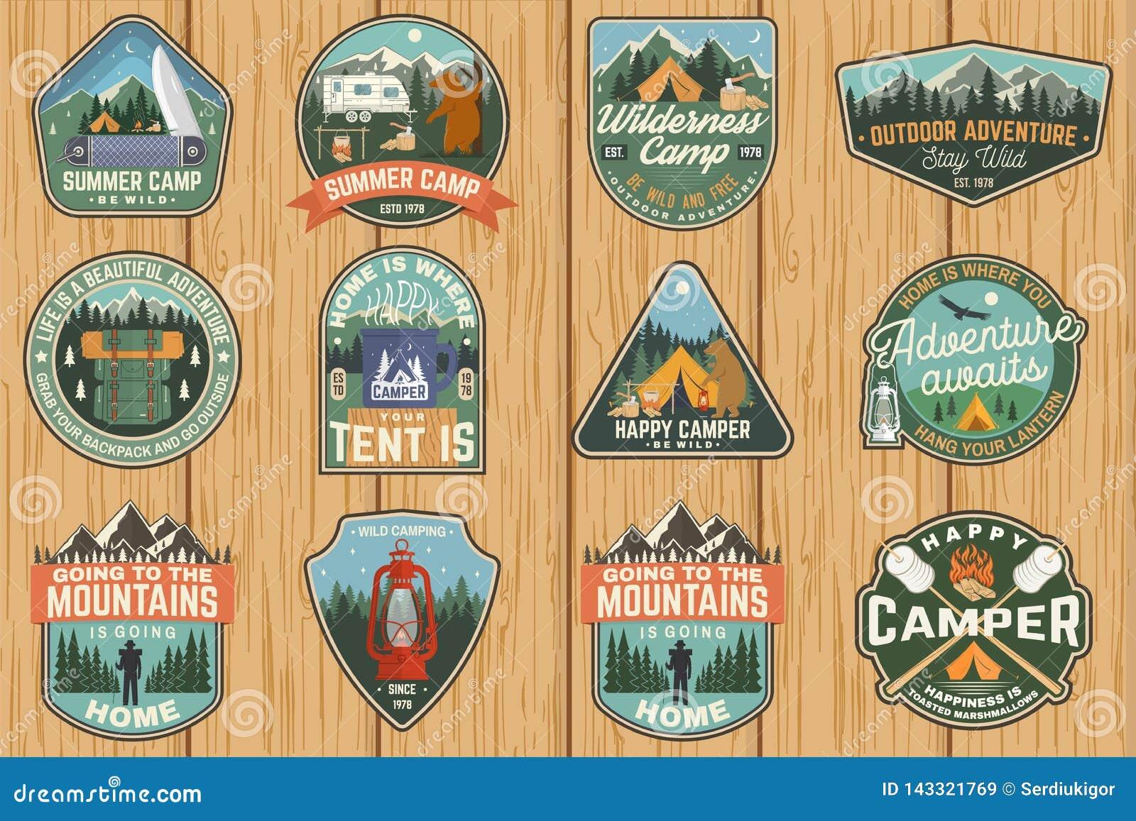 Ensemble d insignes de colonie de vacances Vecteur Concept pour la chemise ou le logo, copie, timbre, correction Conception de ty