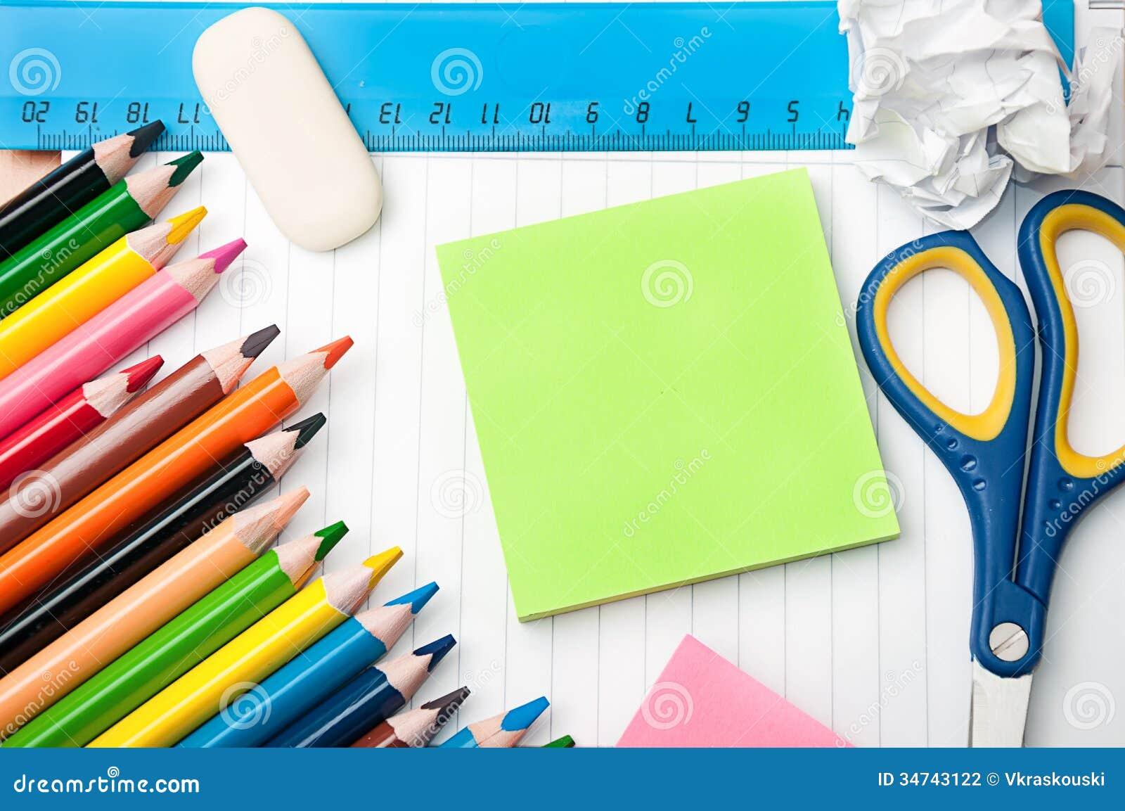 ensemble d 39 outils d 39 cole et de bureau de papeterie photo stock image du cole crayons 34743122. Black Bedroom Furniture Sets. Home Design Ideas