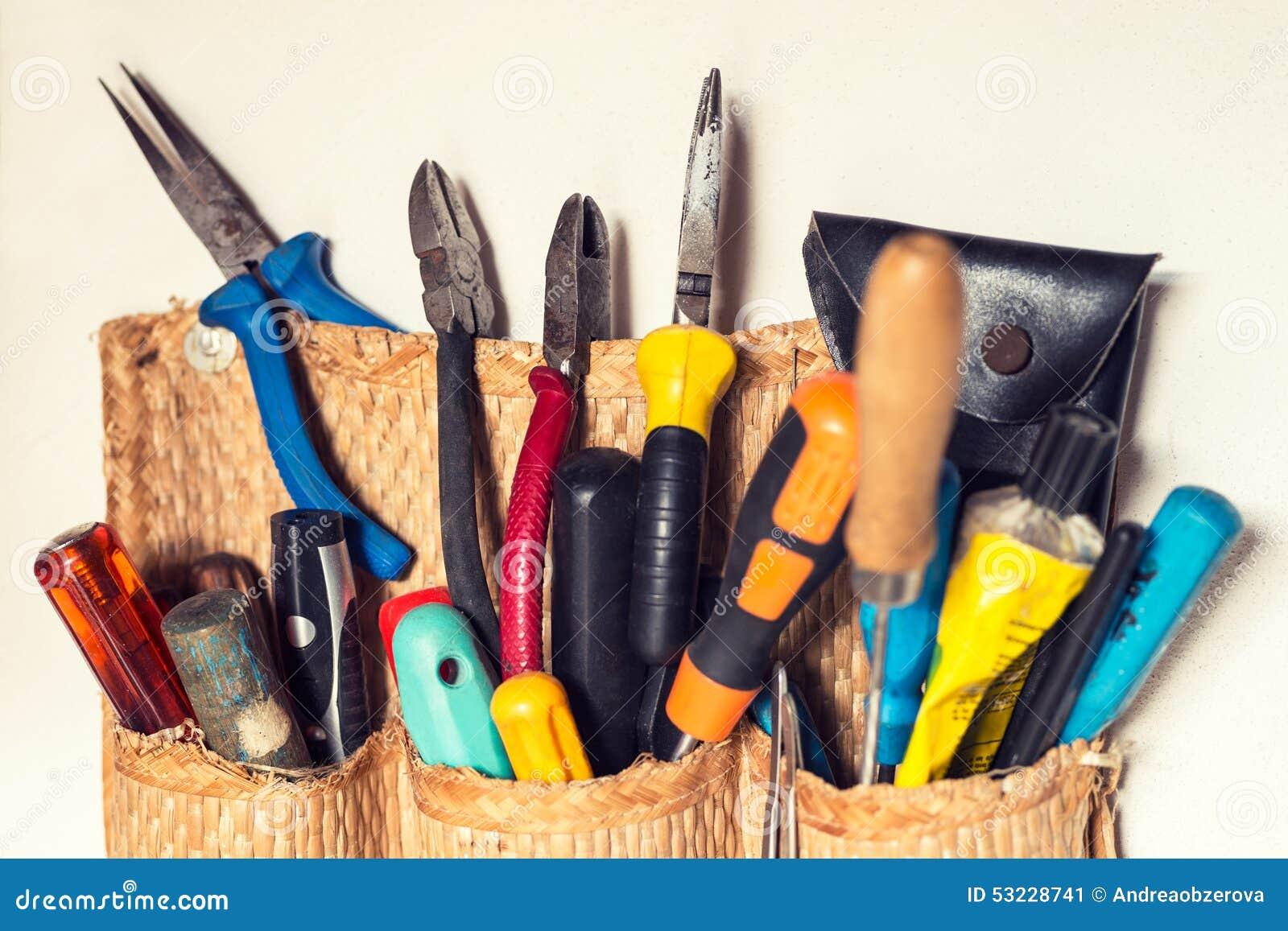 Ensemble de divers outils de bricoleur