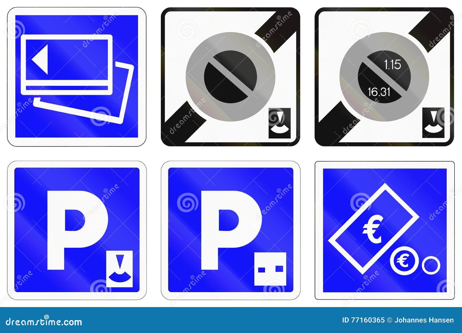 Ensemble de panneaux routiers français de l information