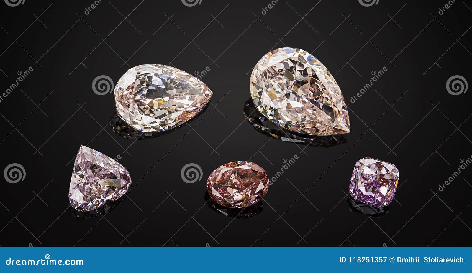 Ensemble de pierres gemmes de scintillement transparentes roses et pourpres de luxe de divers collage de diamants de forme de cou