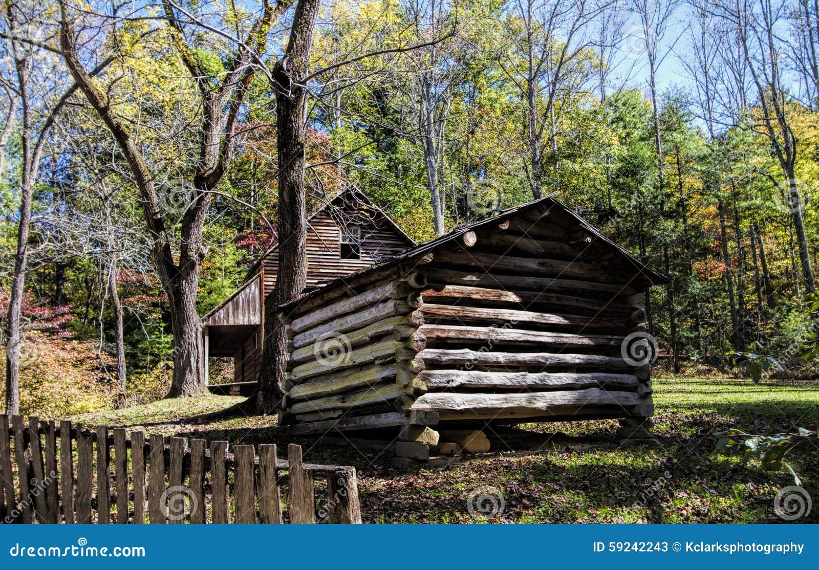 Download Ensenada Tennessee De Cades De La Cabina De Tipton Imagen de archivo - Imagen de grande, smokey: 59242243
