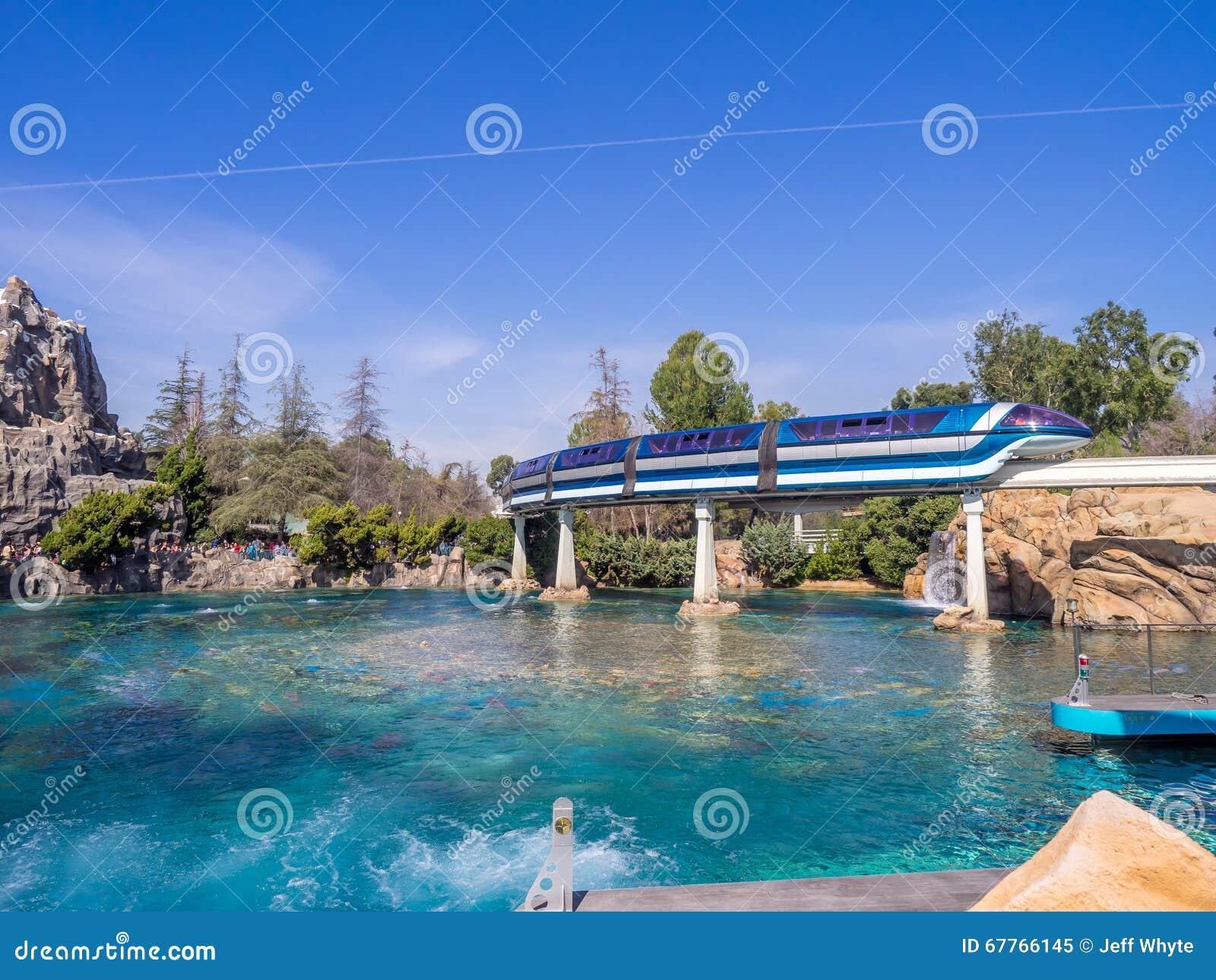 Enskenig järnvägbilar, Disneyland Kalifornien