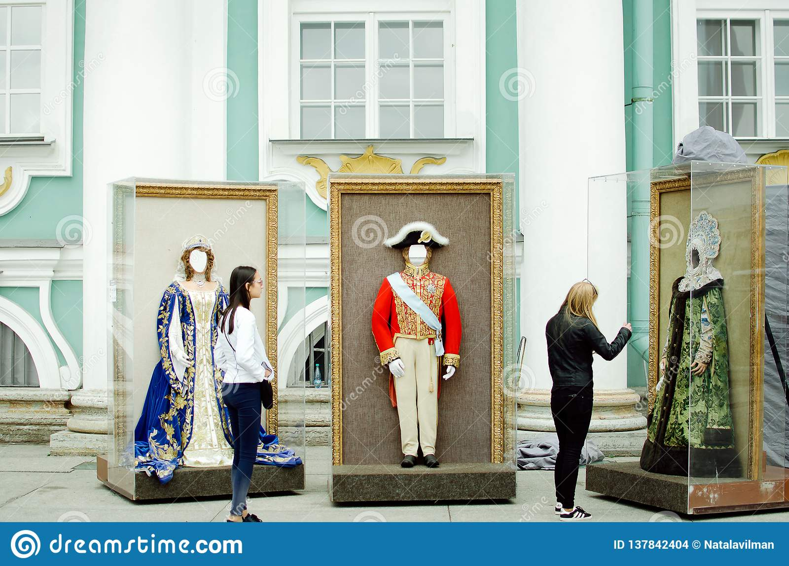 Entertainment for tourists in St. Petersburg. Photographing in historical museum