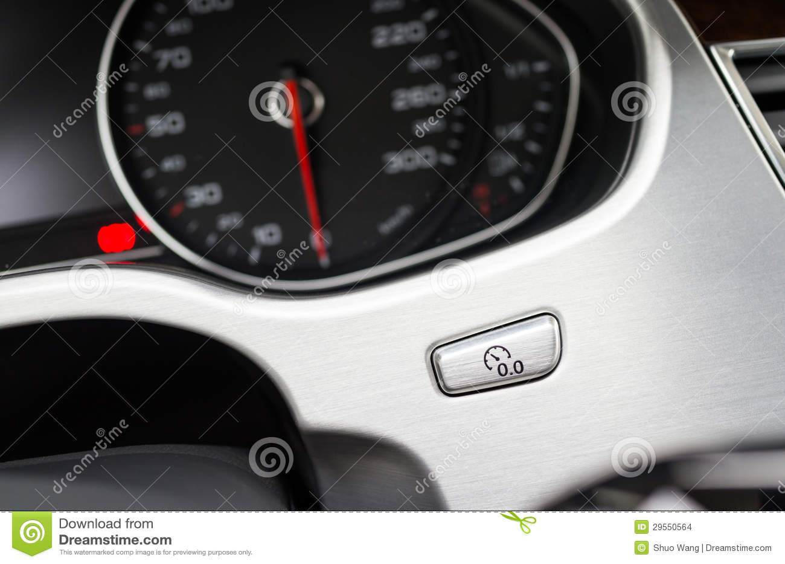 Entfernungsmesser Für Auto : Entfernungsmesser zur nulltaste stockfoto bild von panel hell