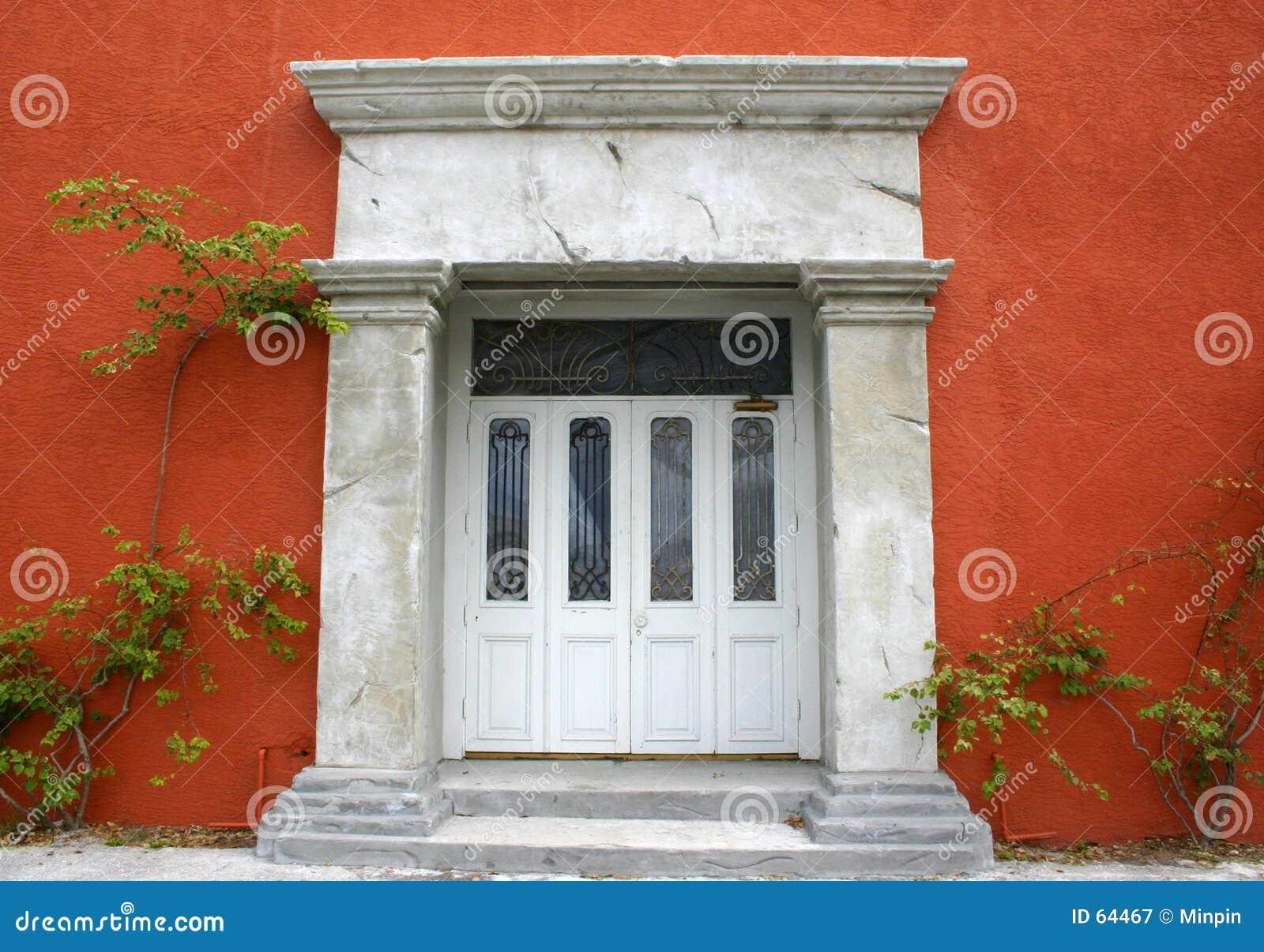 Download Entrée à La Vieille Construction Image stock - Image du architecture, terracotta: 64467