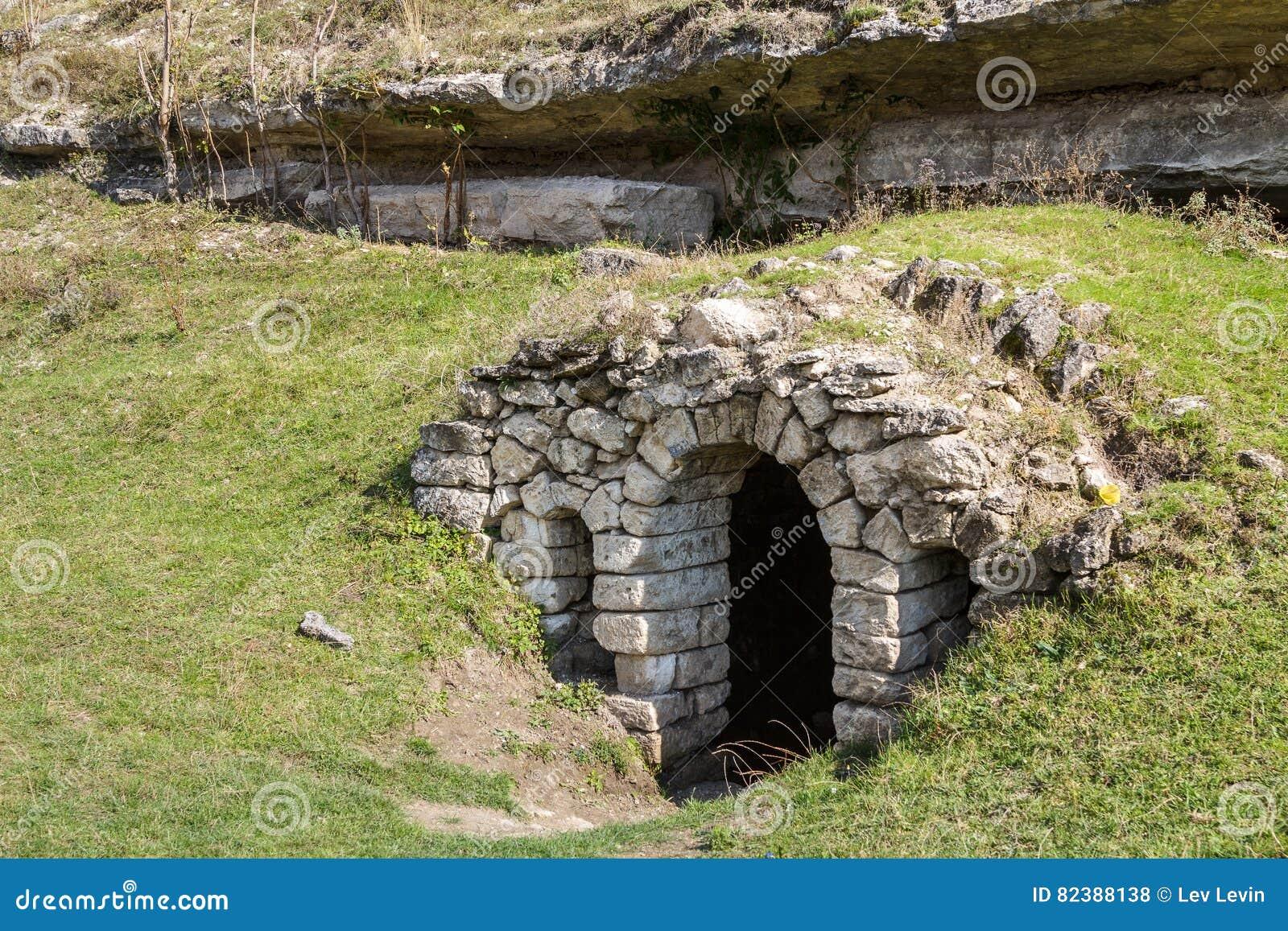 Entrée au ressort d eau dans vieil Orhei