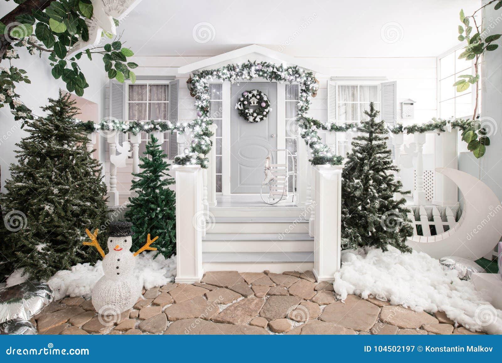 Entrée De Chambre Décorée Pendant Des Vacances Décoration De Noël ...