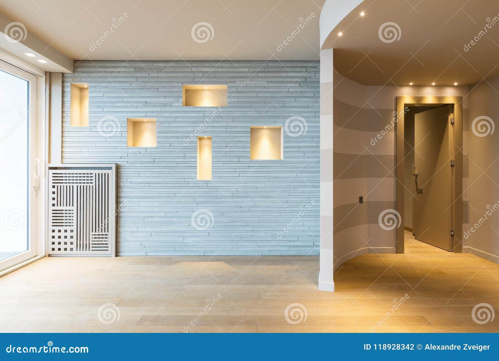 Entrée Moderne D\'appartement Avec Les Rayures Grises Sur Le ...