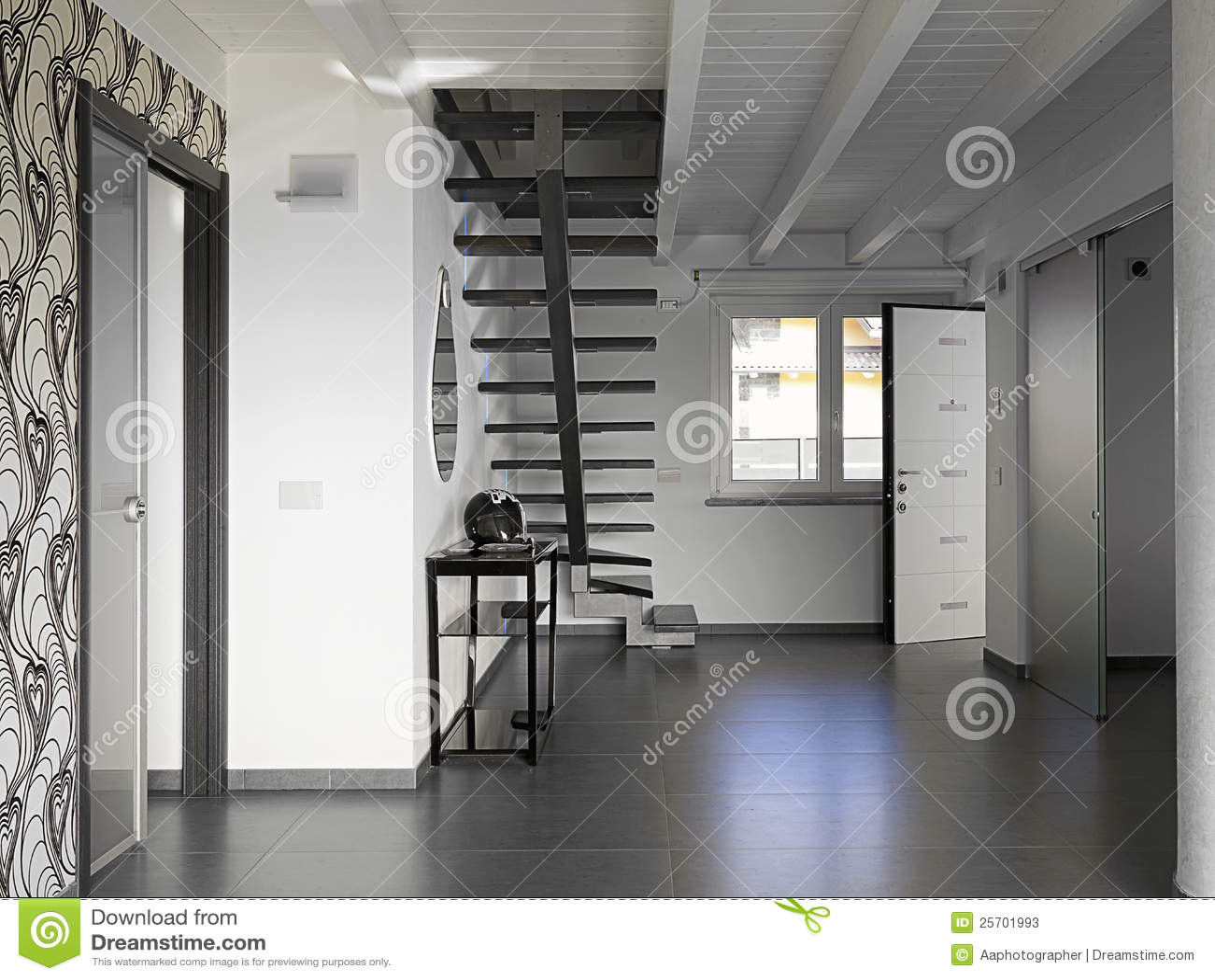 Entrée moderne de villa image stock. Image du escalier - 25701993