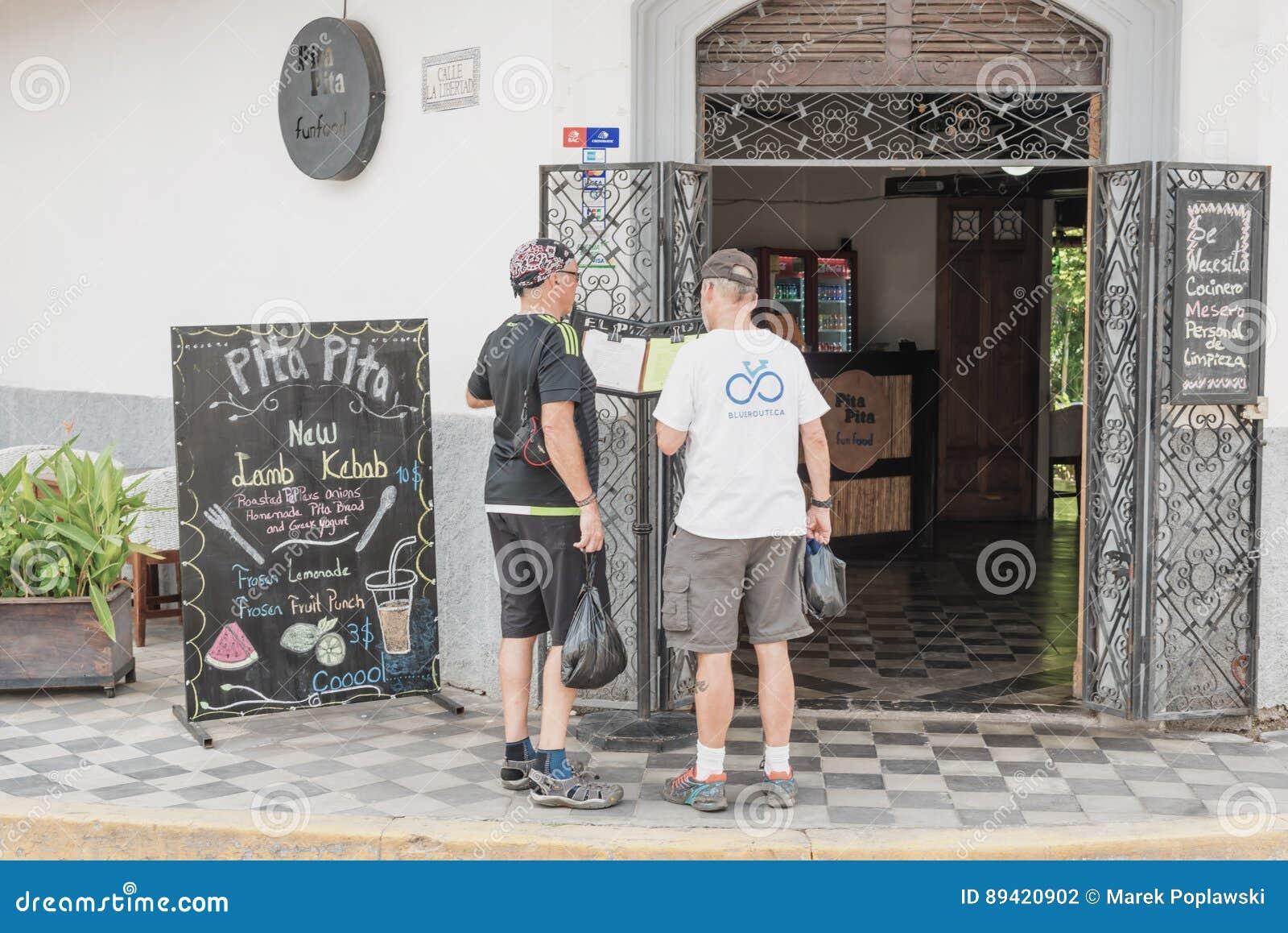 Entrada ao restaurante em Granada, Nicarágua