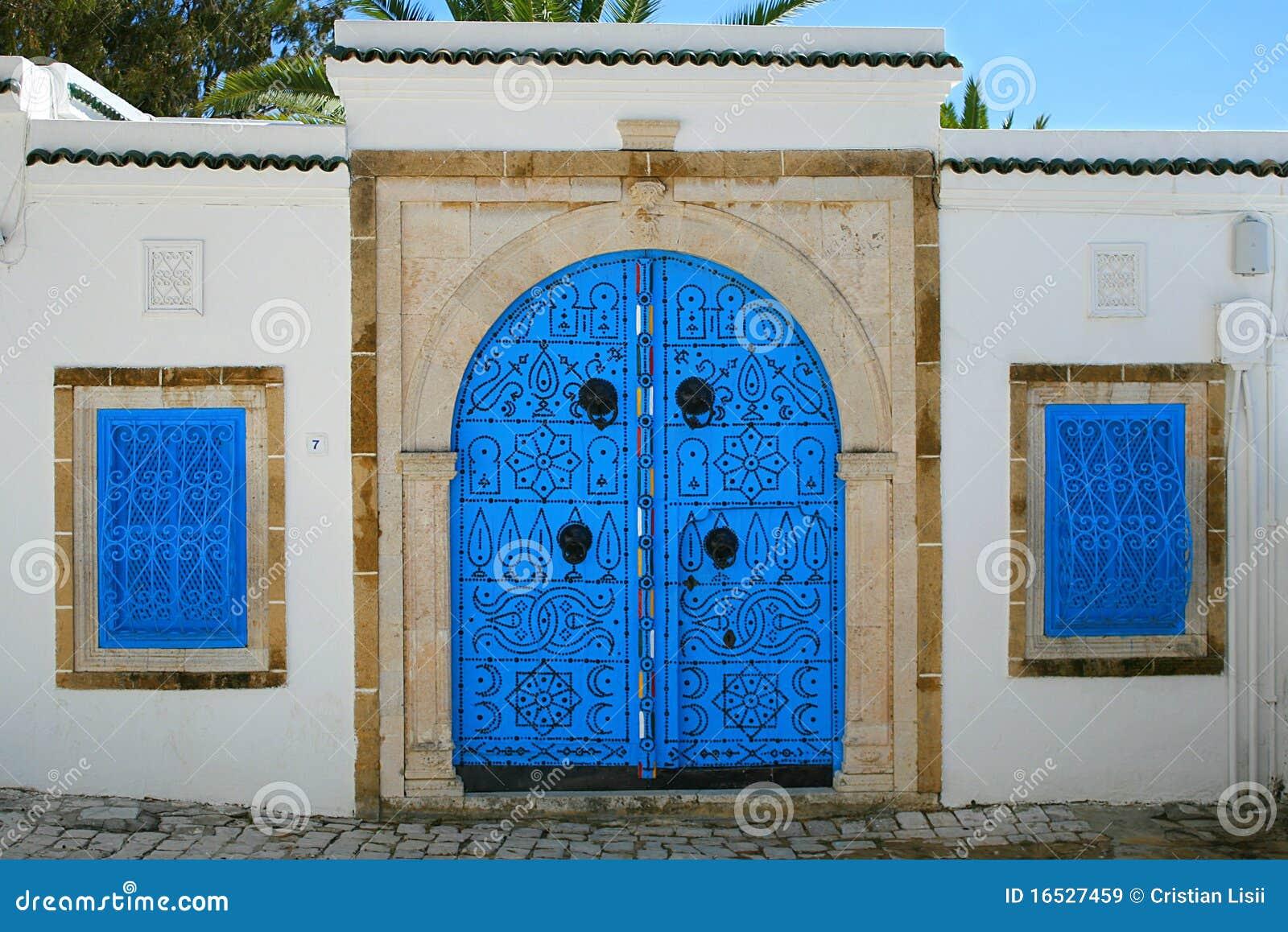 Entrada de la casa en estilo rabe tunecino im genes de - Casas estilo arabe ...