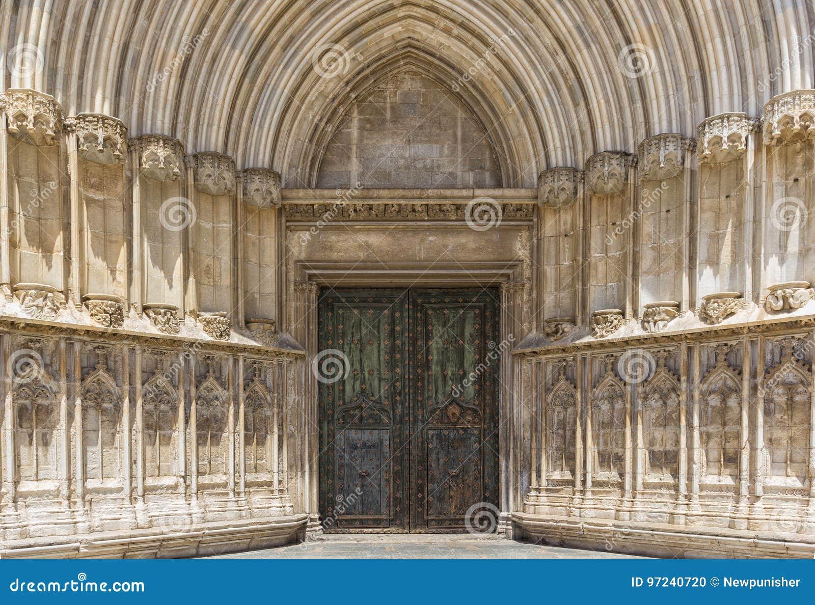 Entrada A La Catedral De Girona Foto De Archivo Imagen De Iglesia