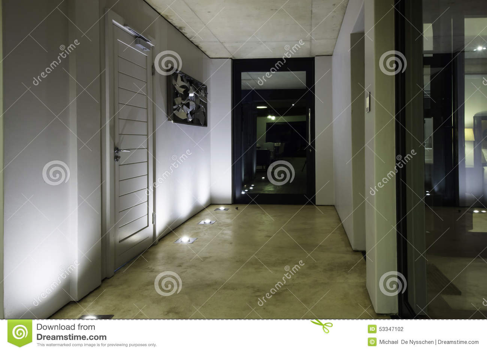 Entrada y puerta principal modernas de la casa foto de for Puerta principal casa