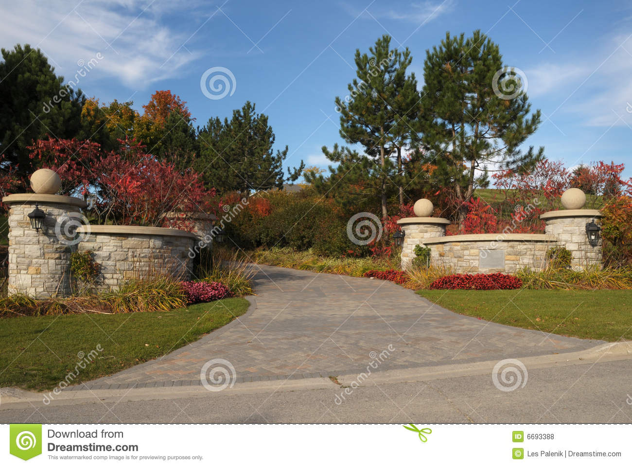 Entrance Driveway Royalty Free Stock Photos Image 6693388