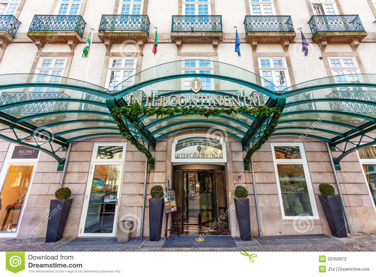 Entrance of the palacio das cardosas intercontinental - Hotel intercontinental porto ...