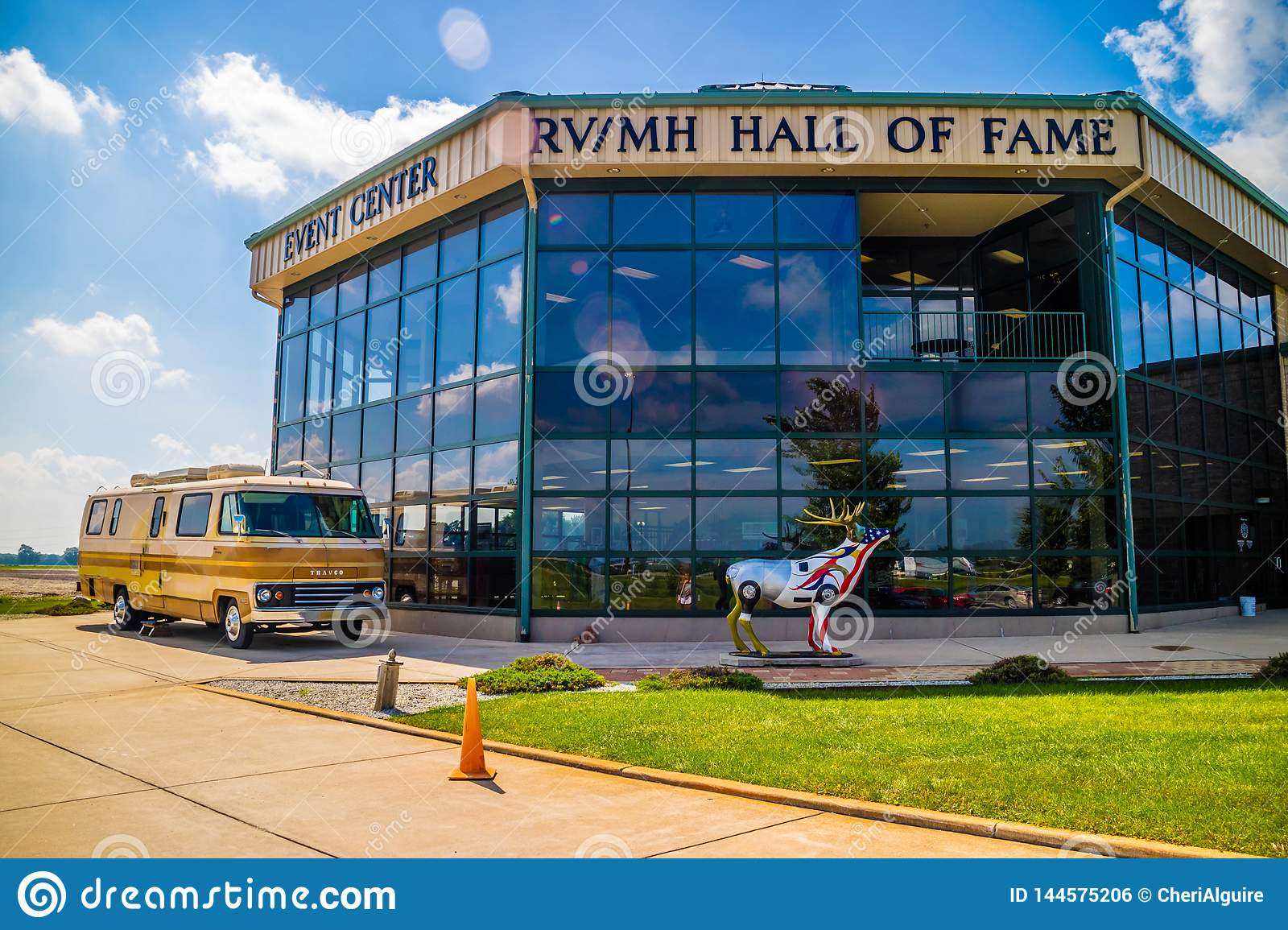 Rv Hall Of Fame >> An Entrance Road Going To Rv Mh Hall Of Fame Museum Editorial Photo