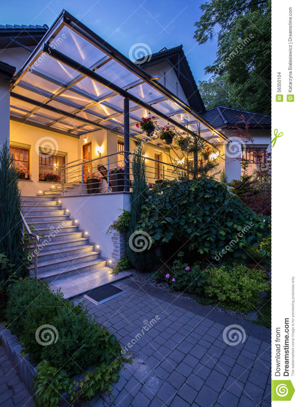 Entrance to luxury home royalty free stock photography for Free luxury home images