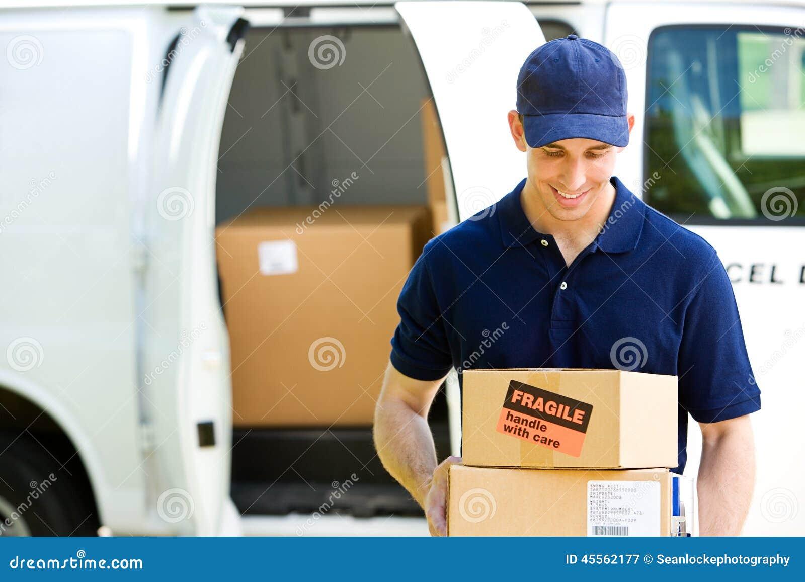 Entrega: Estar por Van com caixas