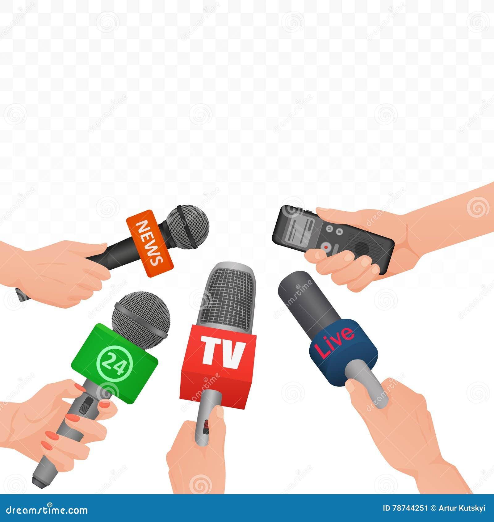 Entrevístese con los micrófonos y la grabadora de voz de las noticias en manos de la rueda de prensa del periodista de los report