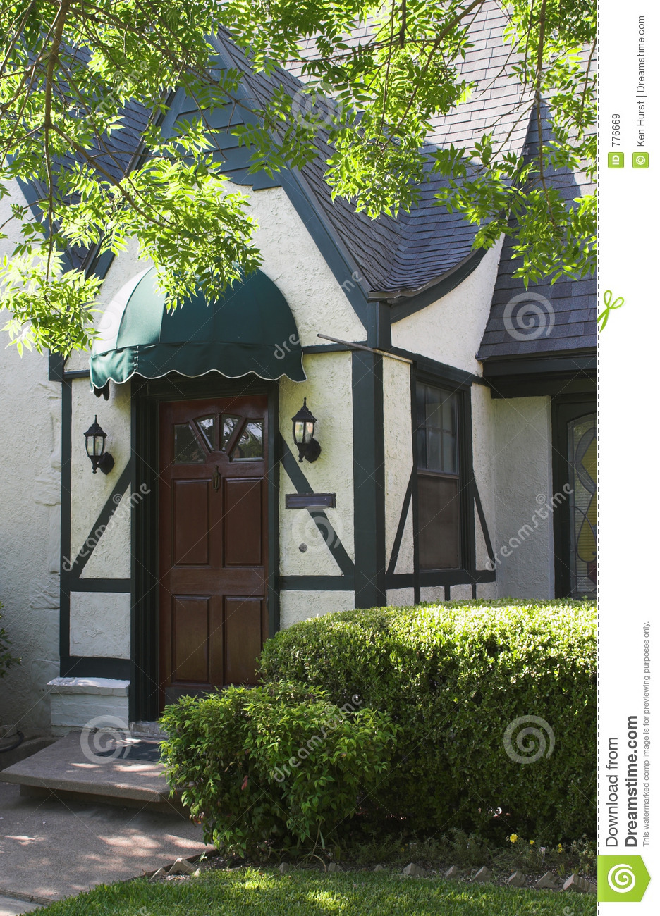 entryway to tudor style house 2 royalty free stock images image