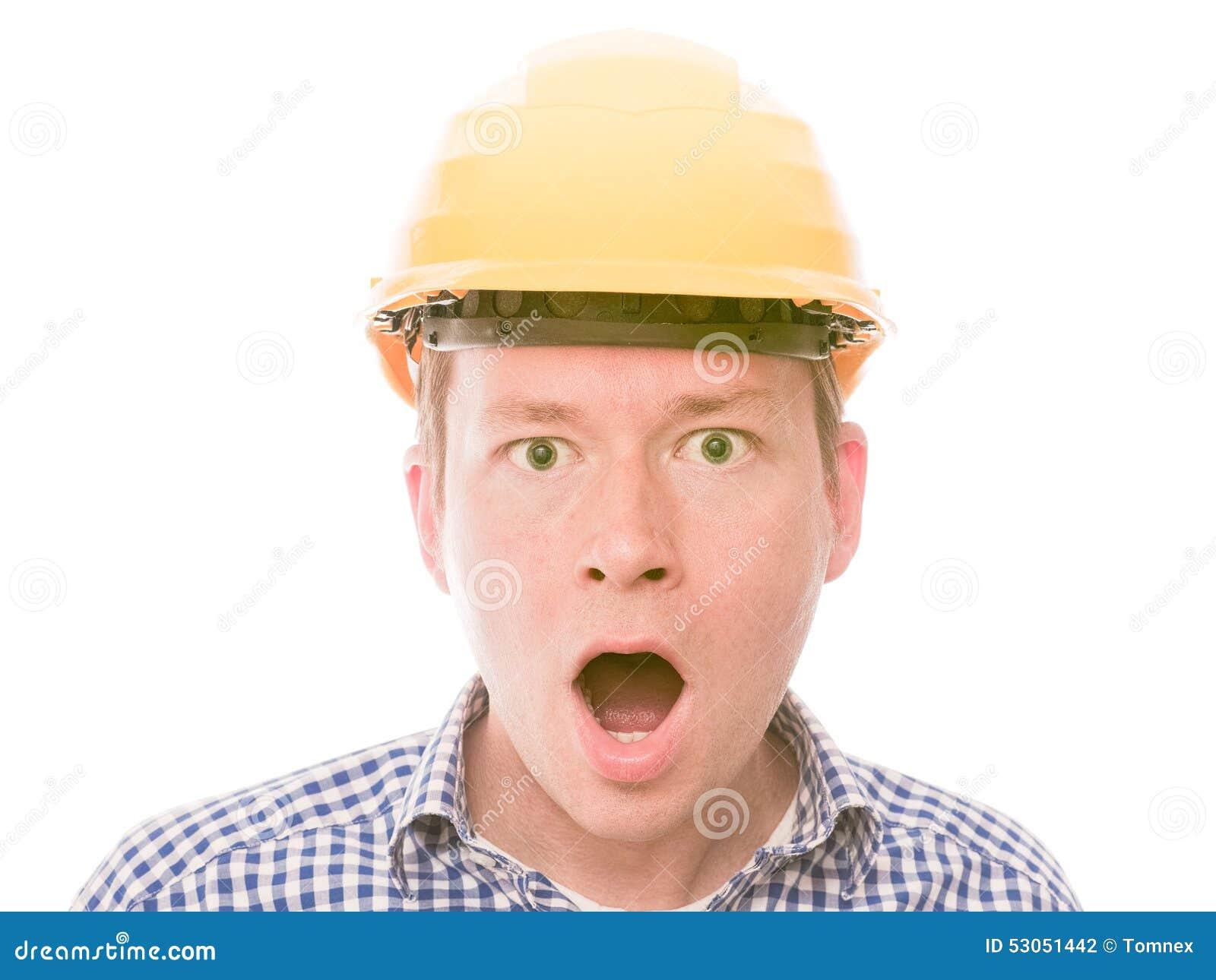 Entsetzter Bauarbeiter