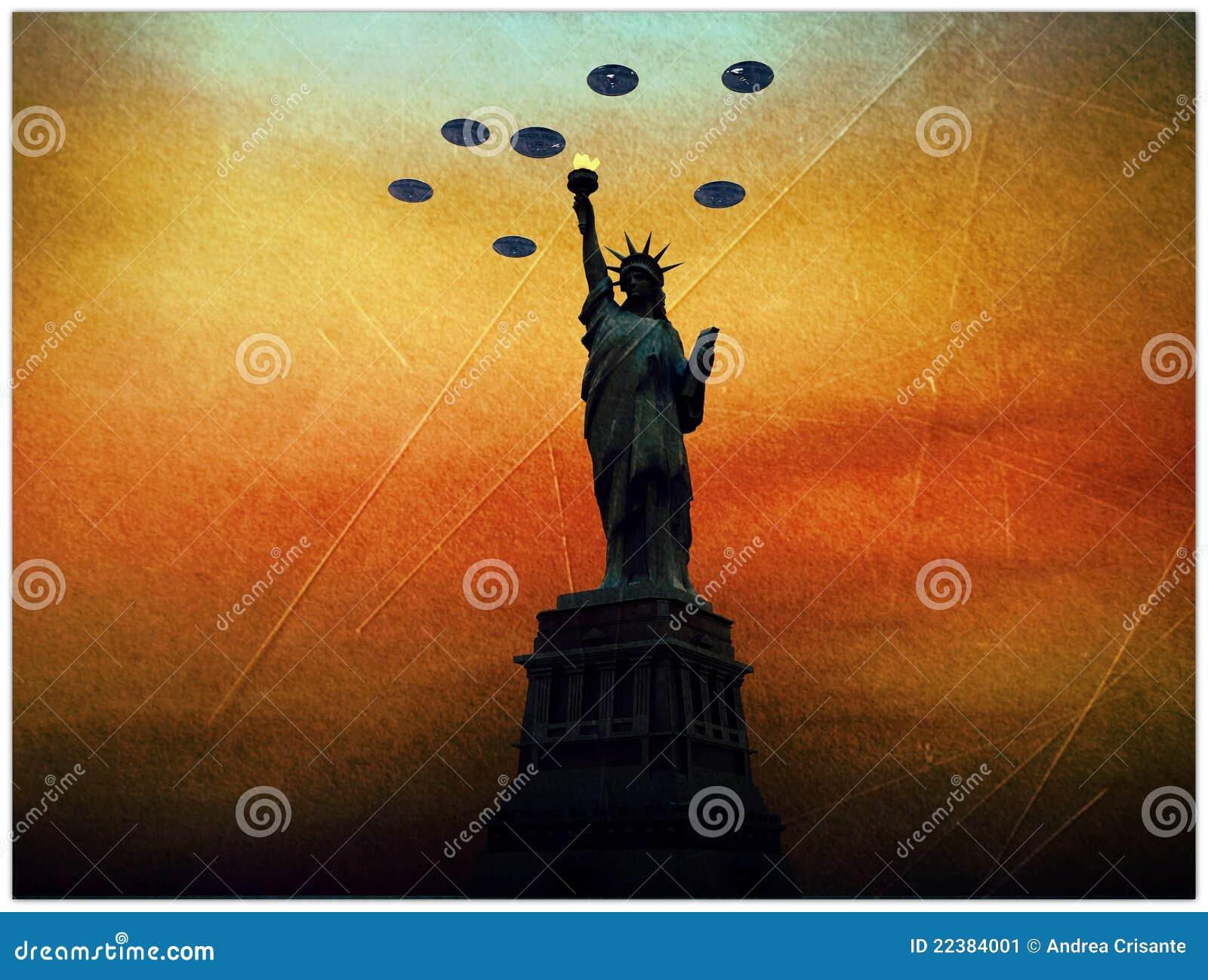 Envahisseurs d UFO au-dessus de statue de la liberté
