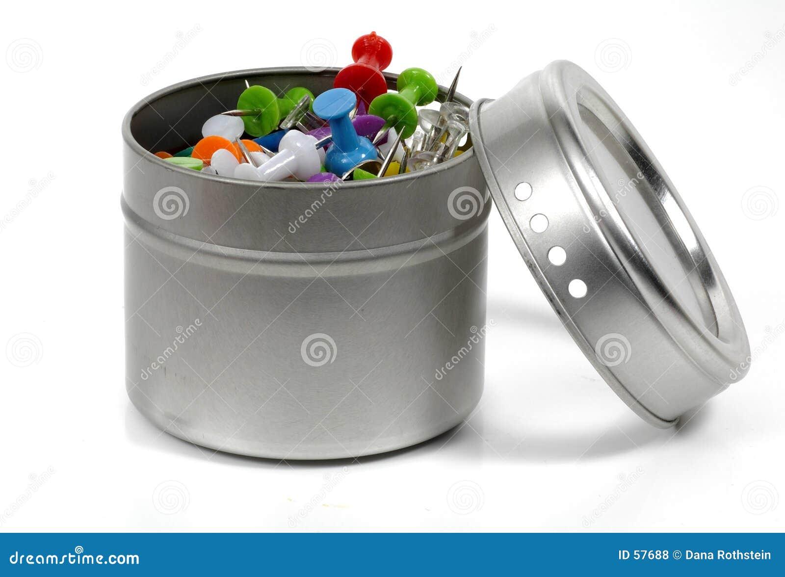 Envase de la tachuela