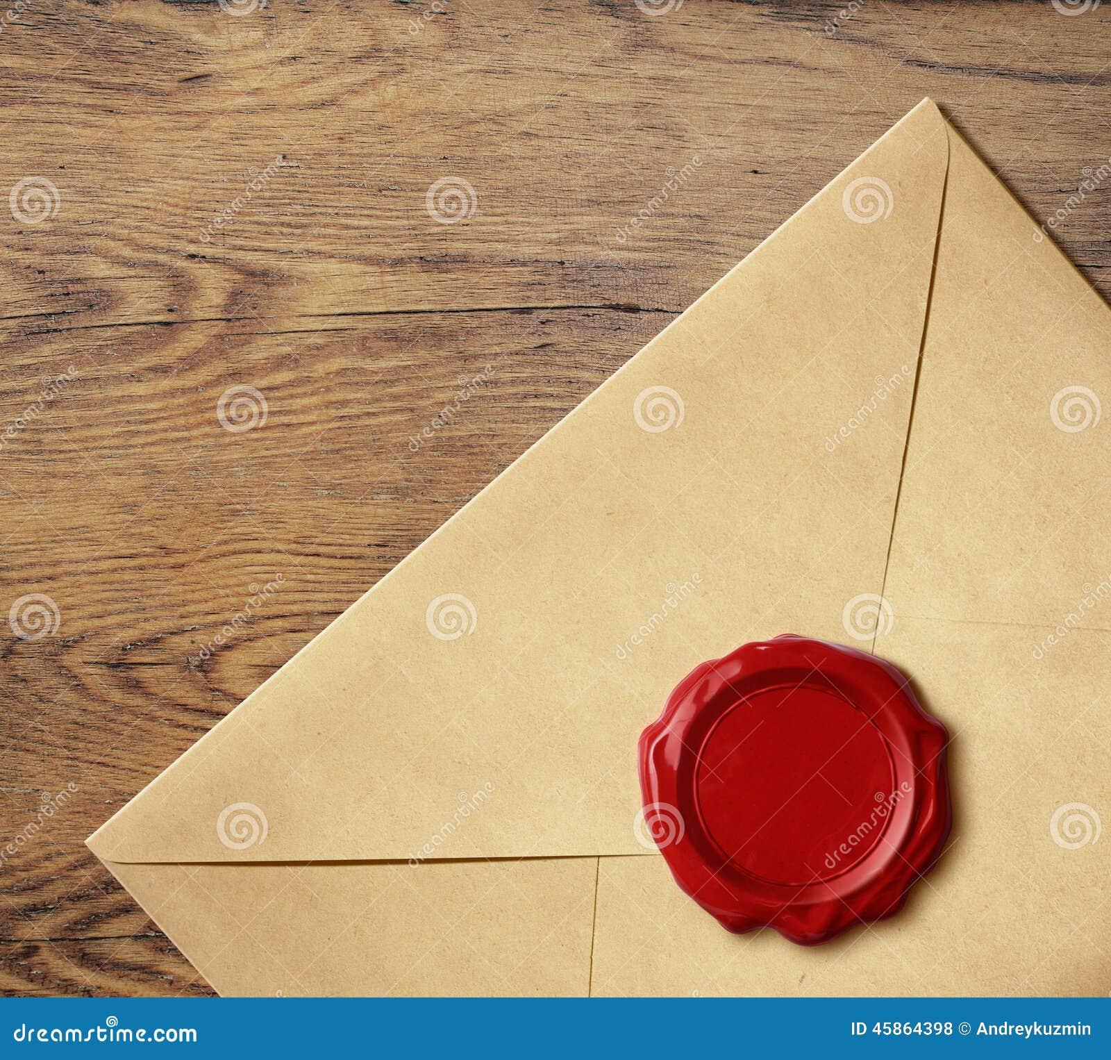 Envelope velho da letra com selo da cera