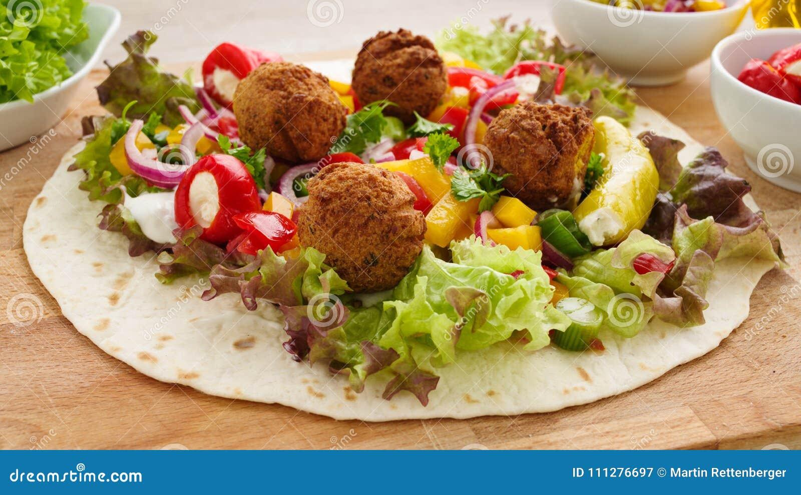 Enveloppe de Falafel avec des veggies