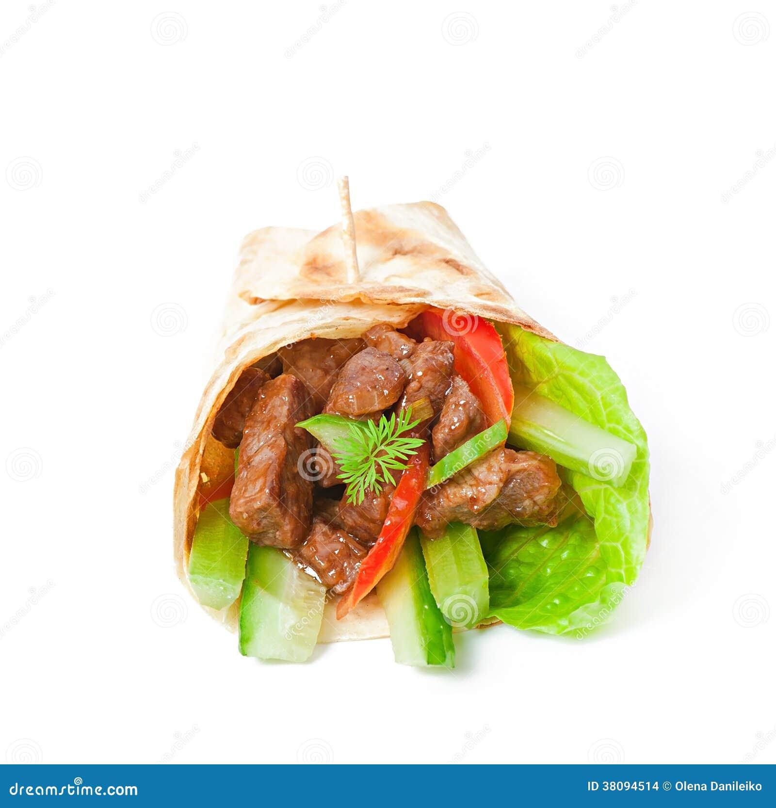 Enveloppes de tortilla avec de la viande