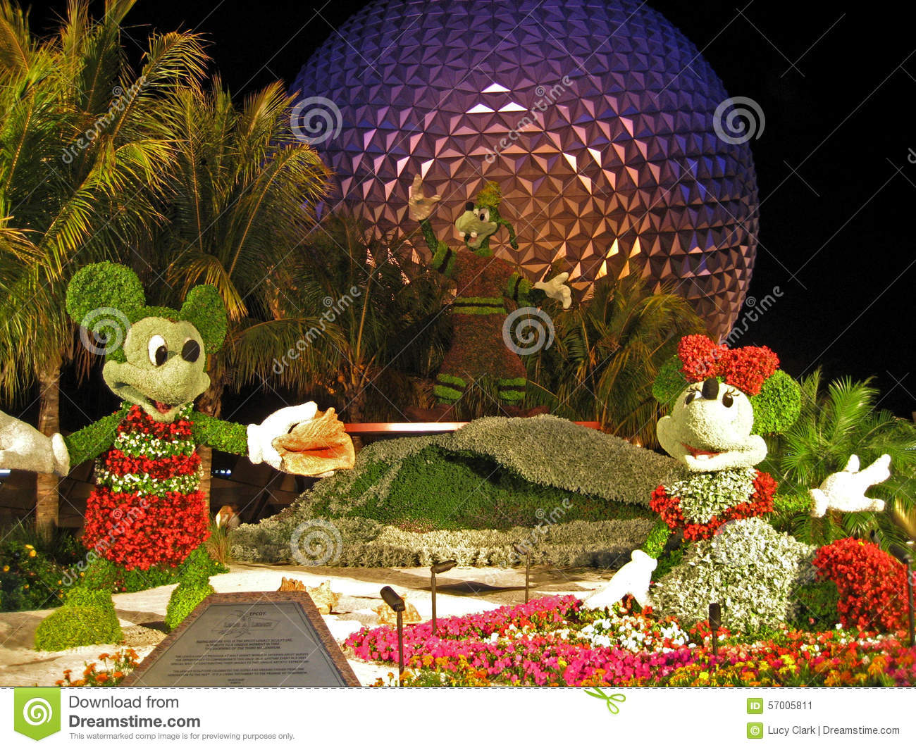 Epcot Flower And Garden Festival Editorial Photo - Image of ...