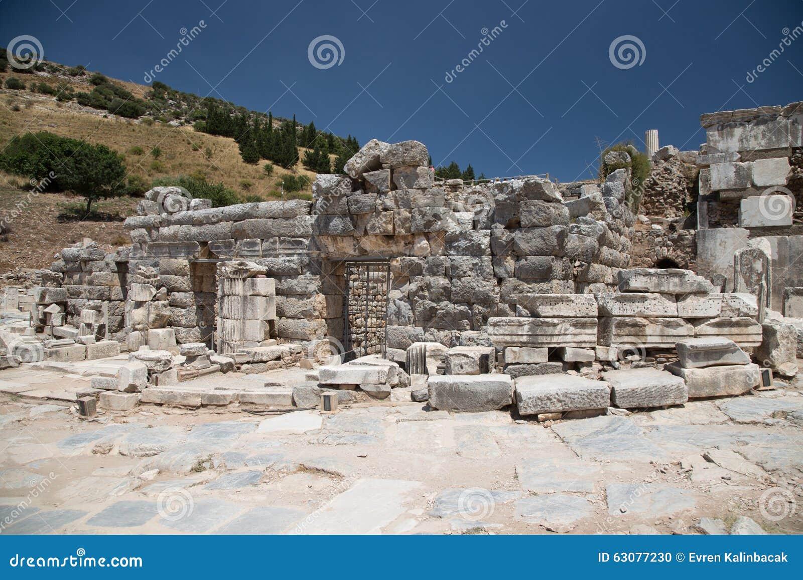 Download Ephesus antique de ville photo stock. Image du antique - 63077230