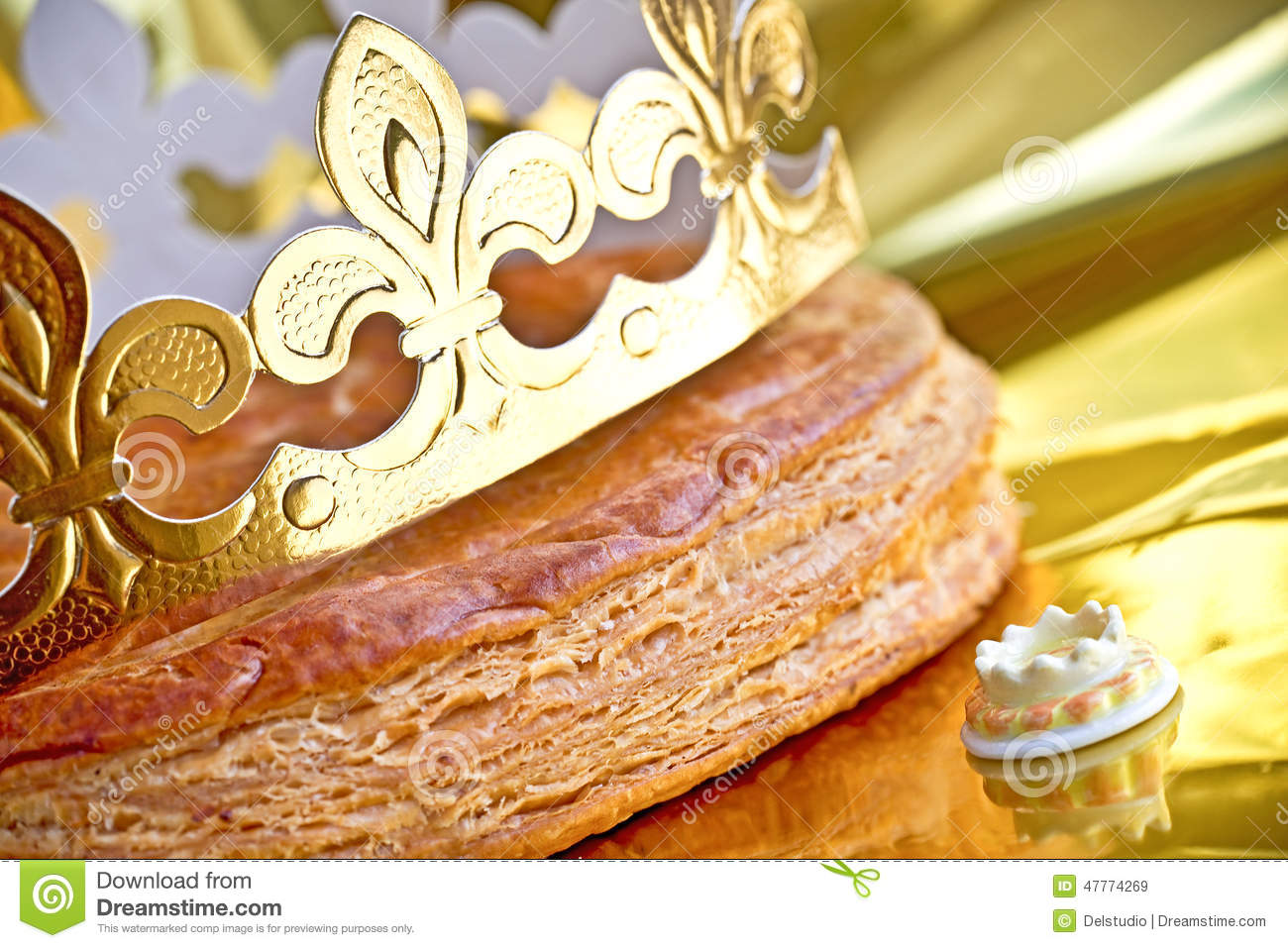 Epiphany Cake Or Galette Des Rois Stock Photo - Image: 47774269
