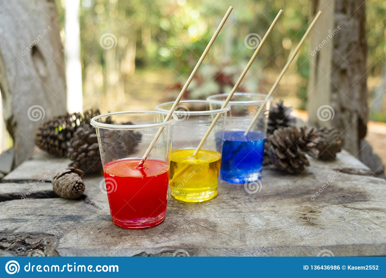 Epoxy Resin Blue Yellow Red Color In Cup For Casting