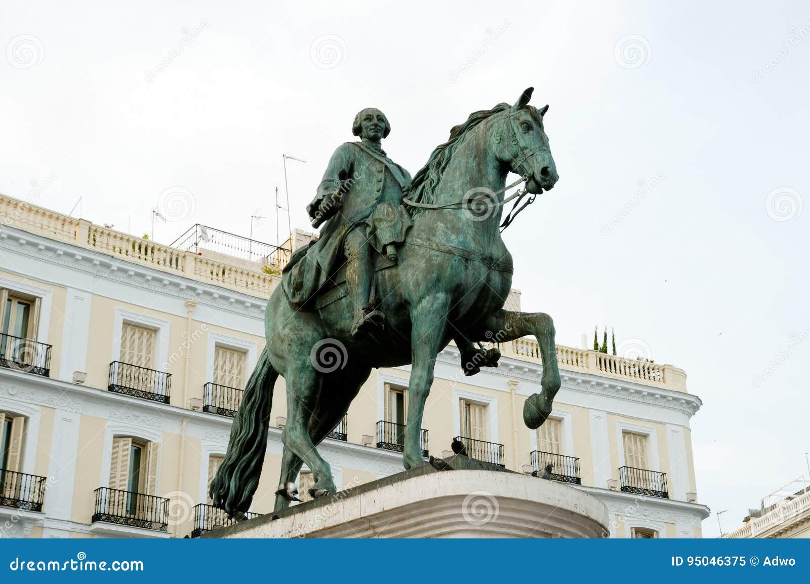 Equestrian statua Carlos III - Madryt, Hiszpania -