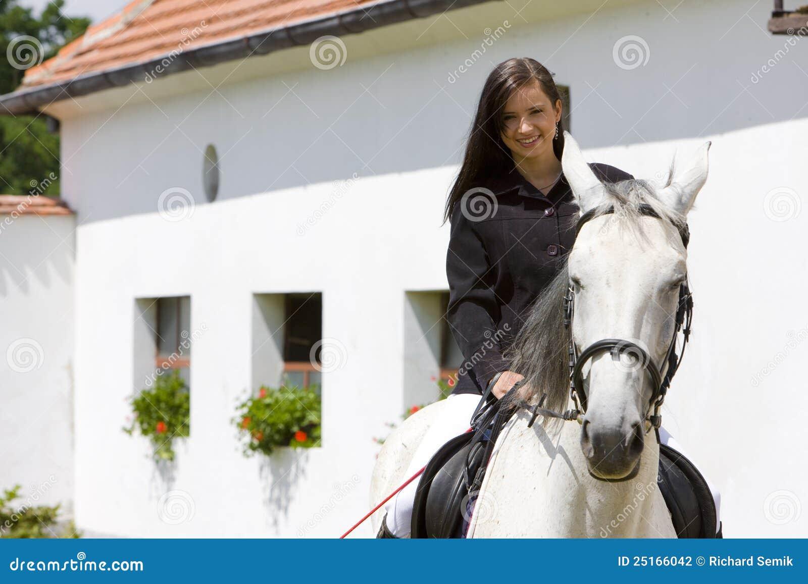 Equestrian su a cavallo