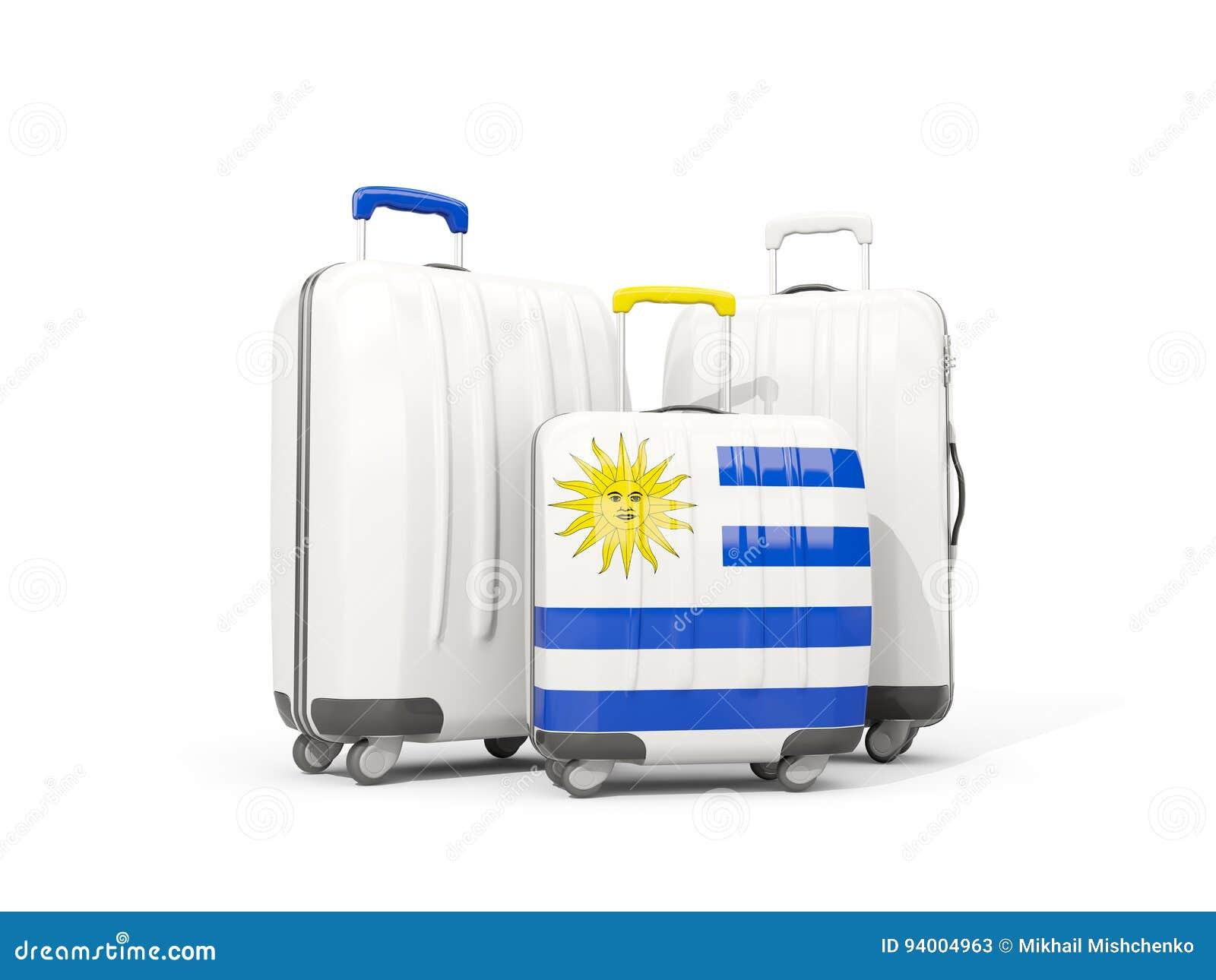 45726e60f Equipaje Con La Bandera De Uruguay Tres Bolsos Aislados En Blanco ...