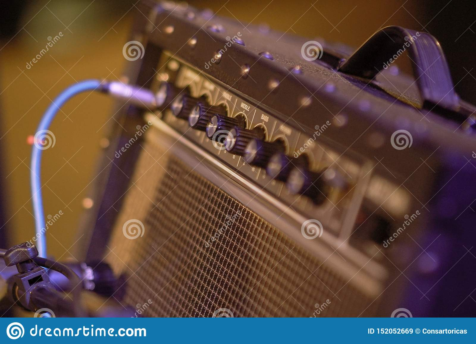 Equipamento do amplificador para a guitarra elétrica