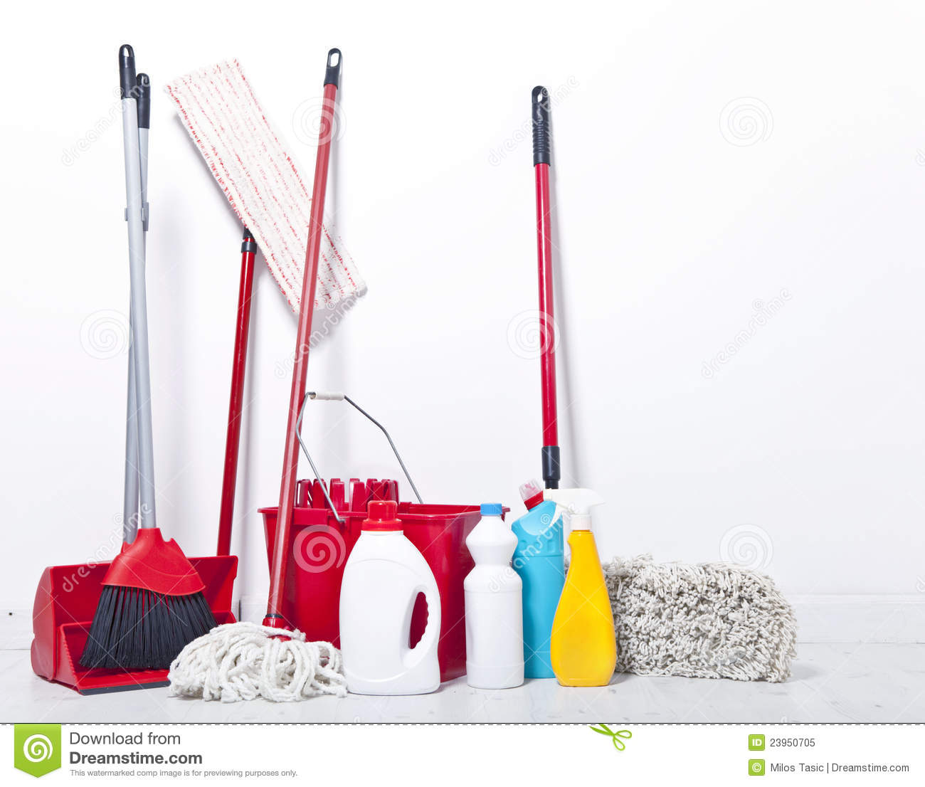 house cleaning equipment tools needed for house cleaning. Black Bedroom Furniture Sets. Home Design Ideas