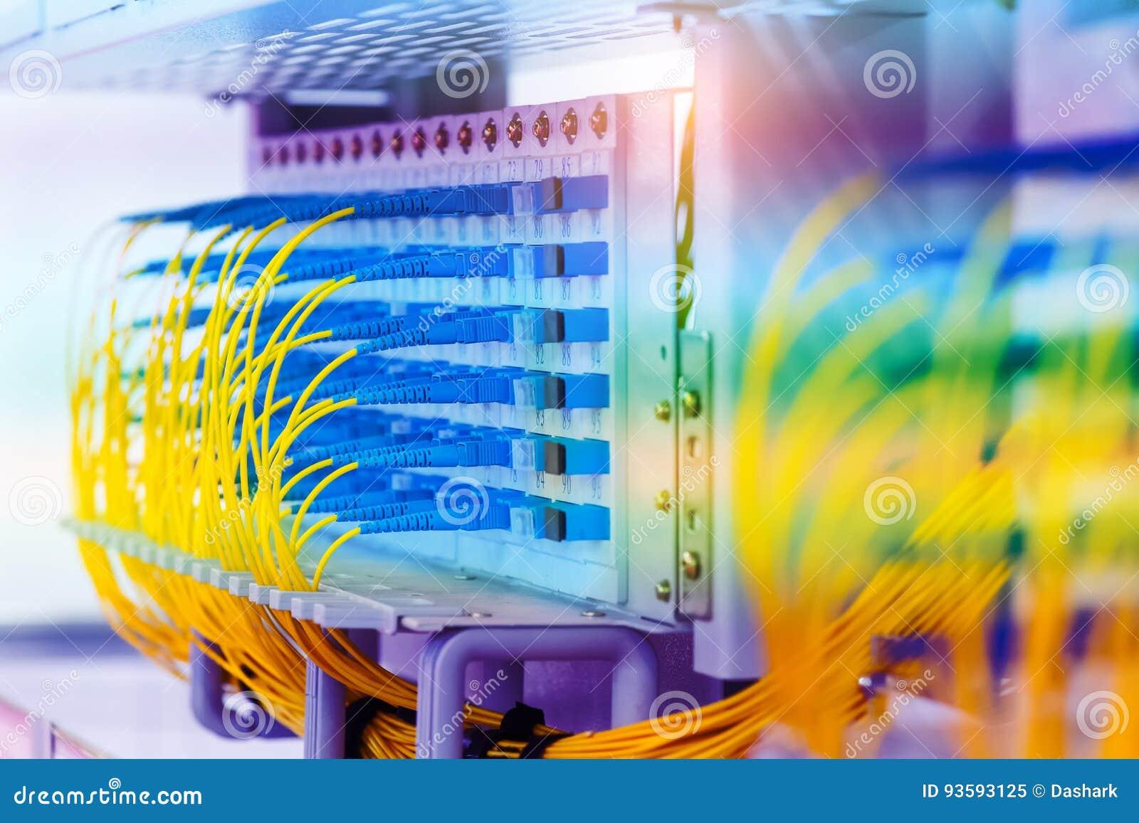 Equipo de fibra óptica de la tecnología de la información
