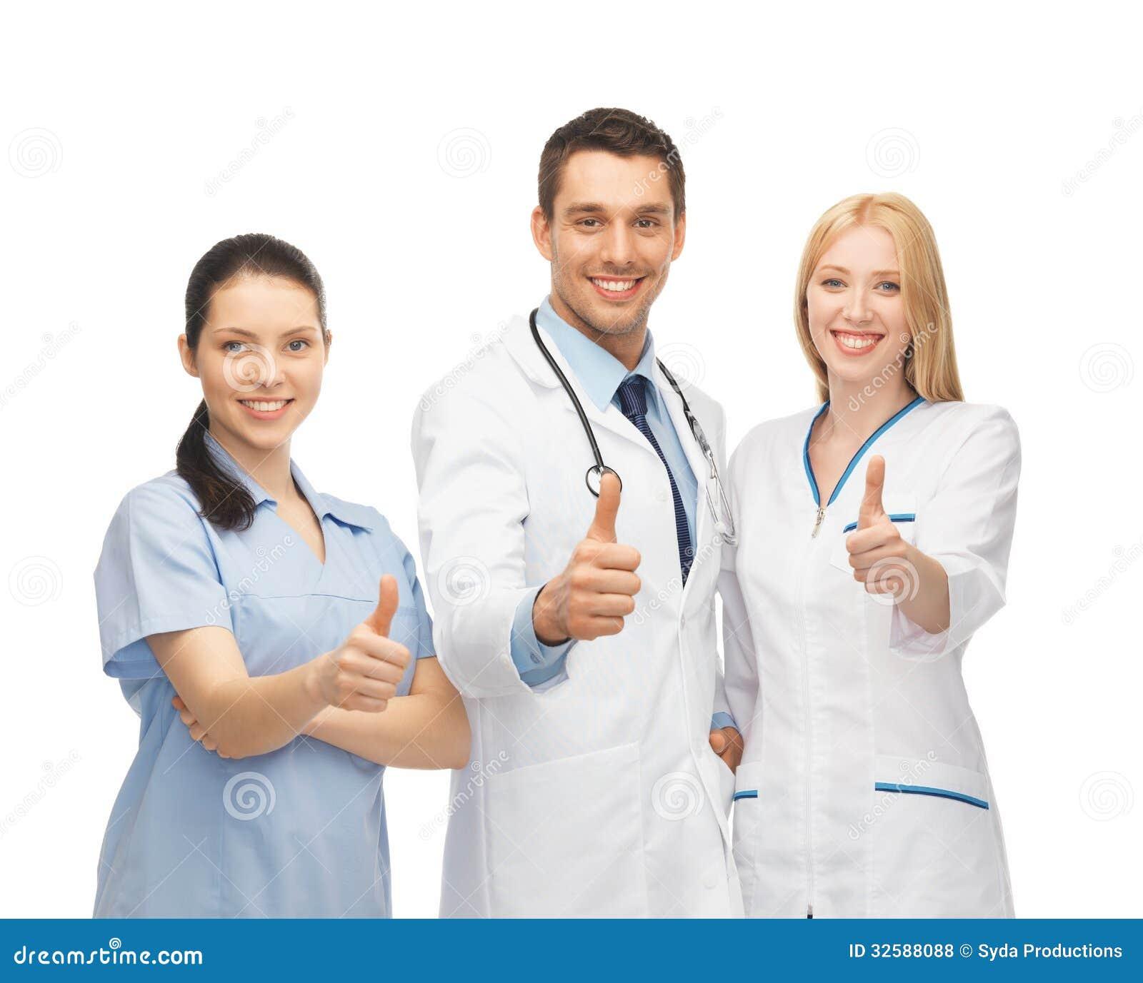 equipo de los jóvenes o grupo profesional de doctores foto de